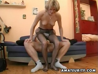 sexy dilettante milf masturbates, sucks and bonks