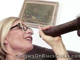 highly sexy mature blonde doxy nina hartley sucks