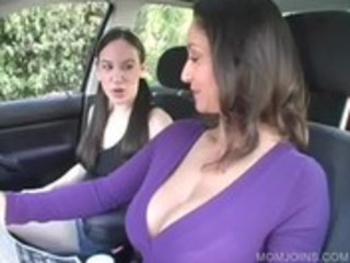 milf shows vagina in 2some with daughter