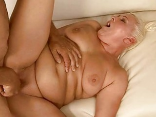 overweight granny getting her pussy screwed