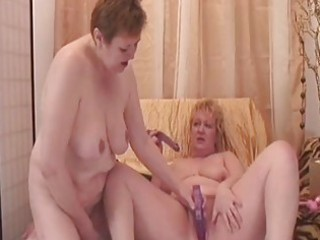 hawt granny lesbians get off with erotic beads