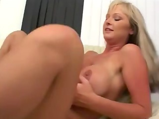 blond mother id like to fuck likes pecker
