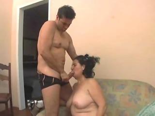 fazendo a tia gozar madura brasileira