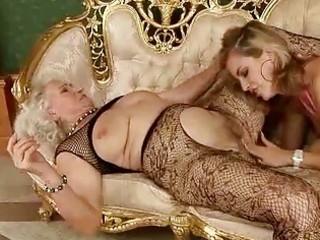granny and beauty having lesbo fun