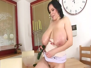 italian large gorgeous woman mother id like to