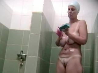 Hidden voyeur spy camera mature mom spied in