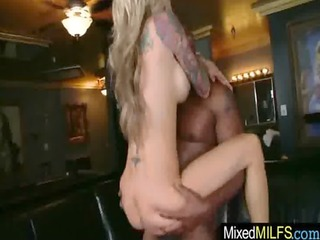 busty sexy mother i riding a black hard penis