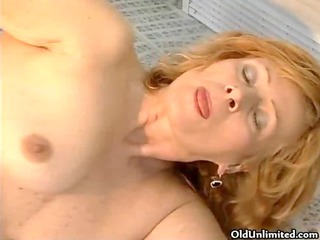 sexually excited mature housewife getting her big