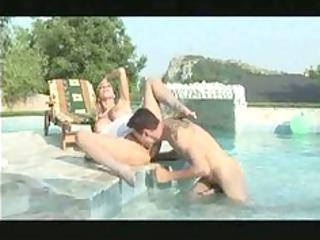 milly dabbraccio scopata in piscina
