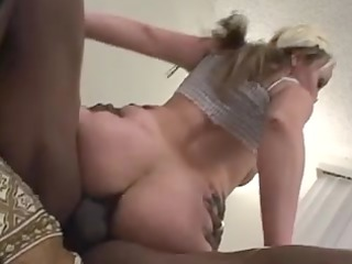 blonde mother id like to fuck receives pussy