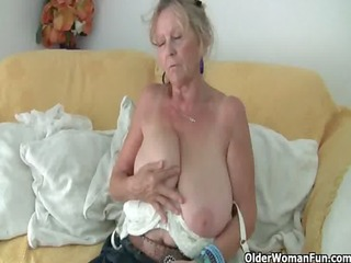 granny with large tits masturbates in hose
