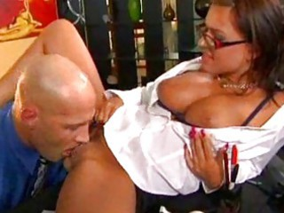 mother i babe in glasses gets her vagina licked