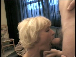 sexy d like to fuck bonks her sons friend