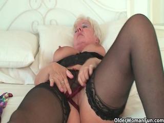 curvy granny in dark stockings rubs her old love
