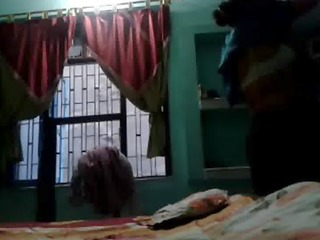 indian aunty self recorded exposed movie scenes