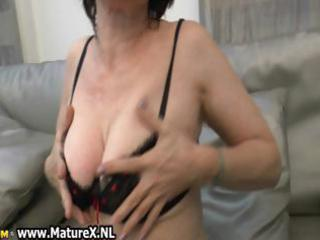 natural mature wife in sexy darksome part1