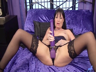 elise summers playing with magic wand.........