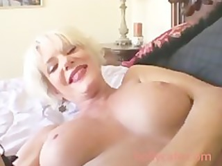 sexy blond aged spunk fountain aged milf