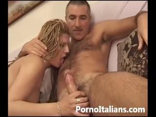 moglie italiana pompino dopo cena - italian wife