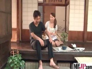 milf japanese receive hardcore fucked clip-85