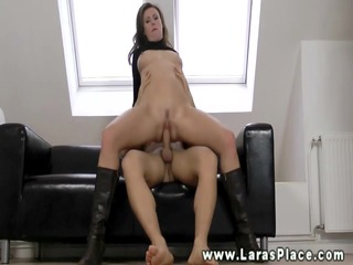 mature hottie engulfing and fucking for this