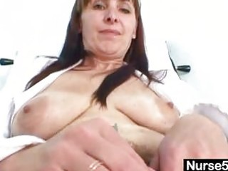 older mom karin shows off hairy pussy extreme