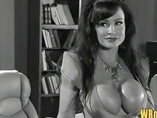 busty space mother i lisa ann engulfing dick