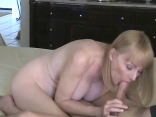 mother id like to fuck takes a creampie from