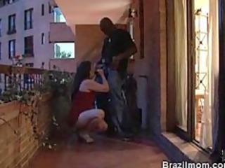 brazilian aged babe sluggishly engulfing a rod