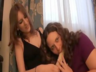 lea drilled by lauriane with a dildo
