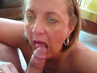 chubby aged gives oral job