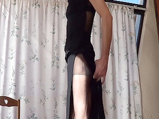 lengthy suit