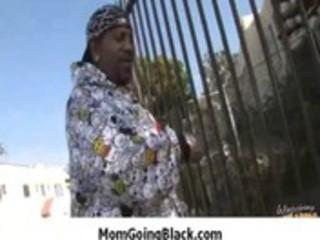 see older lady who can large dark weenie 5