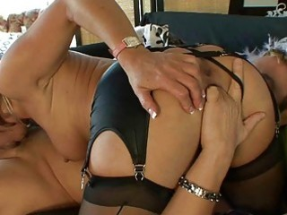 d like to fuck in nylons gives deepthroat