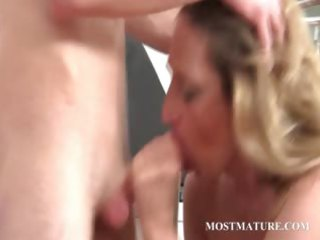 blonde mom takes pecker in face hole and love