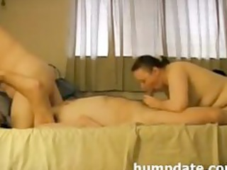 Lucks guy has oral fun with his wife and date