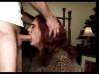 older and experienced transvestite screwed in the